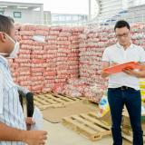 Archivan proceso contra Caicedo por sobrecostos en mercados