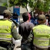 Reportan la captura de dos personas por porte ilegal de armas