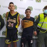 Policía captura a dos por el robo de una buseta en Soledad