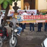 Huelga pacífica de sindicalistas de la Alcaldía de Sabanalarga