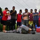 Camión fantasma embiste a mujer y la mata en Repelón