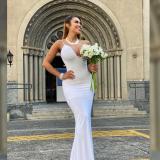Modelo se casó con ella misma para inspirar a mujeres a celebrar el amor propio