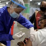 37,9% de la población del país completó su esquema de vacunación contra la covid