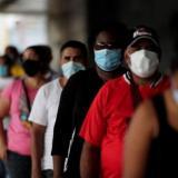 Encuesta revela que colombianos quieren ir a lugares públicos y viajar
