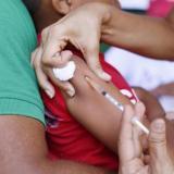 Minsalud insta a padres de familia vacunar a sus hijos contra el sarampión y rubéola