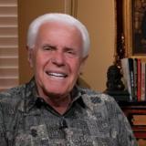 Jesús no ha venido porque la gente no está donando dinero: pastor evangélico