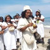 Reunidos a orilla del mar, arhuacos salen en defensa de la autonomía