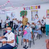 Sec. de Educación de Medellín llega para conocer las estrategias educación