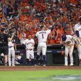 Astros toman ventaja ante Medias Rojas en la Serie de Campeonato