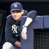 Aaron Boone seguirá como manager de los Yankees