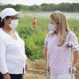 Gobernadora Noguera inspecciona avances del programa de siembra de limón en Repelón