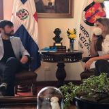 Pumarejo fortalece lazos de unión con Santo Domingo