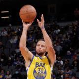 Stephen Curry nuevamente brilla en el triunfo de los Warriors