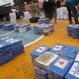 Decomisan más de 2,4 toneladas de droga y detienen a 3 colombianos en Panamá