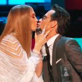 En imágenes: Los memes que dejó el beso entre Marc Anthony y Jennifer López