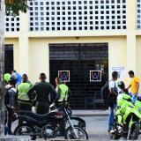 Continúa toma de la sede centro de la UA pese a muerte de menor