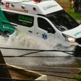 En imágenes   Festivo con lluvia en Barranquilla
