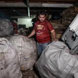 Recicladores y carretillas: un oficio en aumento, pero peligroso