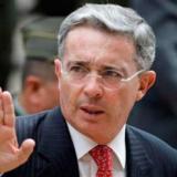 Liberen a Uribe