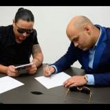 Elvis Crespo y Omar Enrique promocionan su éxito musical