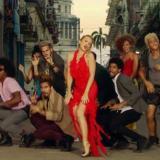 Kylie Minogue y Gente de Zona, juntos por las calles de La Habana en 'Stop Me From Falling'