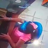 Video registra robo de celular en café internet en Soledad