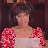 En video | La Chimoltrufia llora al leer poema inédito de Navidad de Chespirito