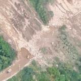 En video | Así fue el desplome del puente sobre la vía al Llano