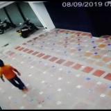 En cámara de seguridad queda registrado robo de moto en barrio Alboraya