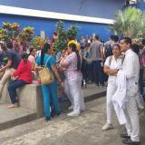 En video   Trabajadores del Hospital Metropolitano protestan para exigir pago de sueldos e insumos