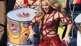 Ángulo en que se ve a Shakira con el vientre abultado durante su presentación en la Clausura del Mundial Brasil 2014.