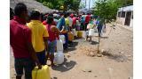 En municipios como Mariangola, los usuarios hacen largas filas para abastecerse de agua del carrotanque.