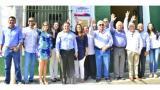 El alcalde de Santa Marta, Rafael Martínez, el presidente de Odebo, Danilo Herrera, con delegados y funcionarios del Distrito.