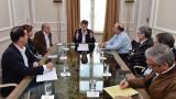 Santos analiza las propuestas del No con los negociadores