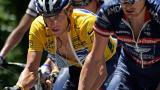 Lance Armstrong (de amarillo).