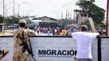 Ejército venezolano parquea camiones en la frontera con Paraguachón