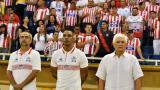 El técnico Julio Avelino Comesaña junto a sus ayudantes Luis A. Perea y Alejandro Cáceres (PF).