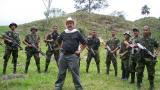 En la fotografía registran Hernán Giraldo Serna y su grupo Resistencia Tayrona. La organización al margen de la ley se desmovilizó en el año 2006.