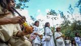 El ritual, según los miembros de la comunidad, sirve para equilibrar las energías y alejar las fuerzas negativas.