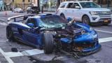 Un conductor aprovecha el poco tráfico en Nueva York para ir rápido y se choca