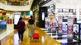 Tras 48 horas de la reapertura, la afluencia de personas a los centros comerciales fue escasa.