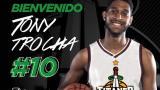 Tonny Trocha fue presentado este lunes como nuevo jugador de Titanes.