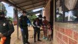 """En video   Policía entrega """"Desayuno por la vida"""" a 200 niños"""