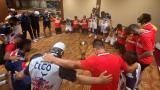 Julio Comesaña y sus dirigidos hicieron una oración de agradecimiento después del partido.