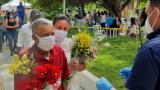 Día de los Muertos: atlanticenses visitan cementerios bajo estrictas medidas