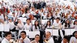 Con concierto virtual, niños rinden homenaje a médicos en su día