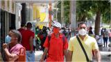 Se calcula que unos 2 millones de trabajadores en el país gana un salario mínimo al mes.