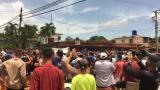 Cientos de personas protestan en un pueblo cubano contra el Gobierno