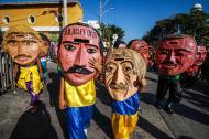 Disfraces de 'los Cabezones', una de la expresiones culturales del Carnaval de Galapa.