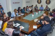 El periodistas y escritor español Albert Chillón durante la charla que sostuvo, ayer de mañana, con los periodistas de EL HERALDO.